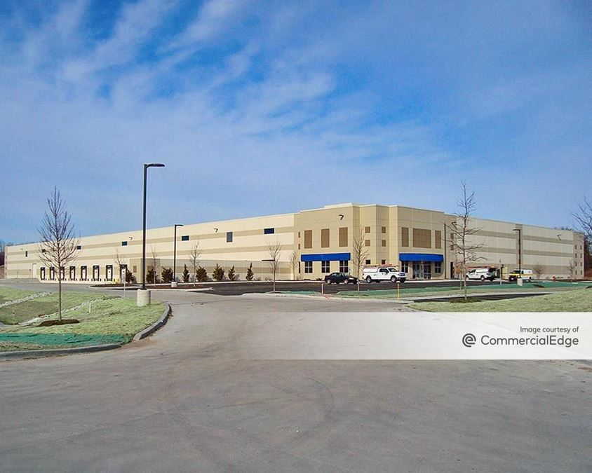 Bloomingdale Corporate Center - 270 Madsen Drive
