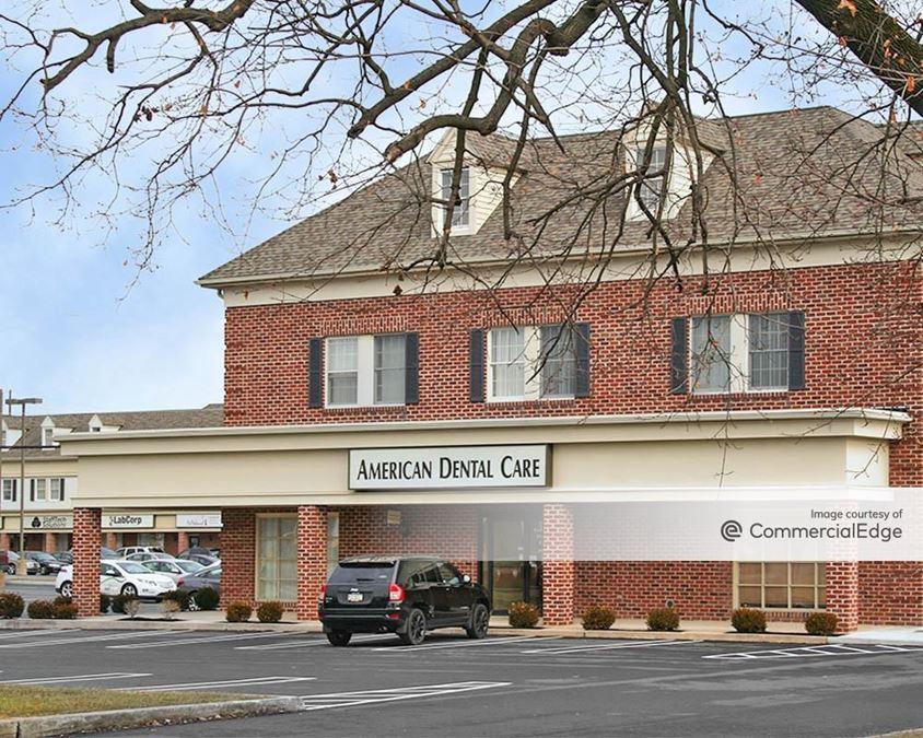 Olde Liberty Square - 4811 Jonestown Road