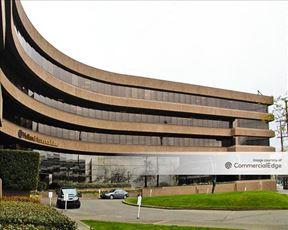 Elliott Bay Office Park