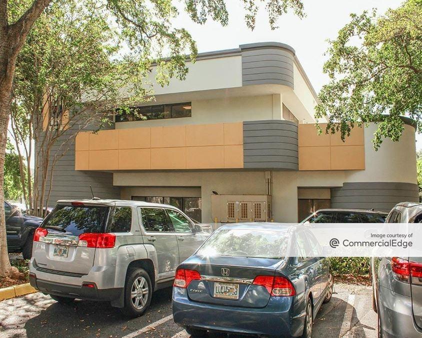Hillsboro Executive Center - 350 Fairway Drive