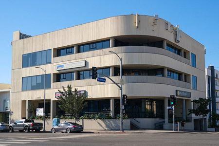 1401 Westwood Blvd - Westwood