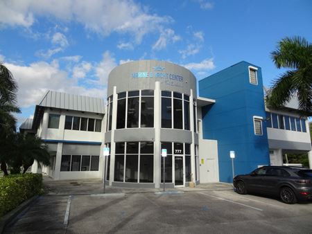 Marine & Yacht Center of Fort Lauderdale - Fort Lauderdale