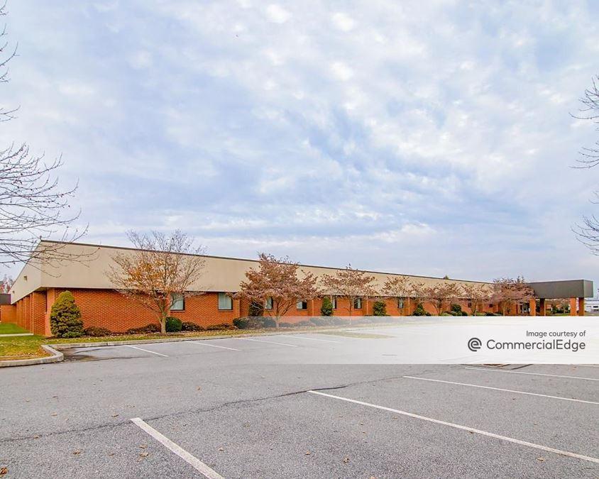 Rossmoyne Business Center - Building 74