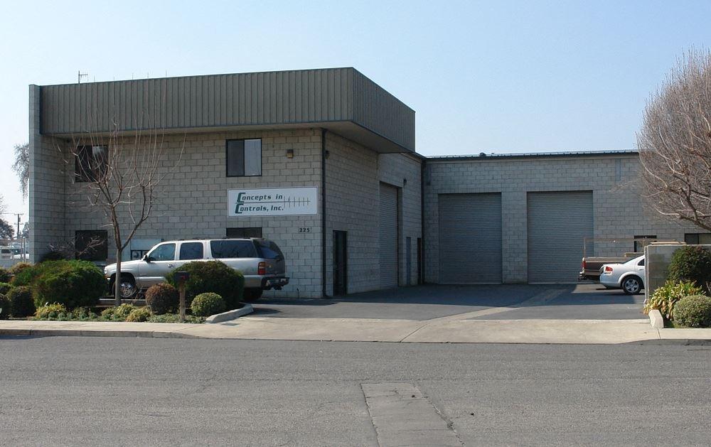 100% Concrete Block Office/Warehouse Building Available