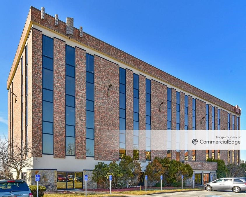 Framingham Office Park - 1661 Worcester Road