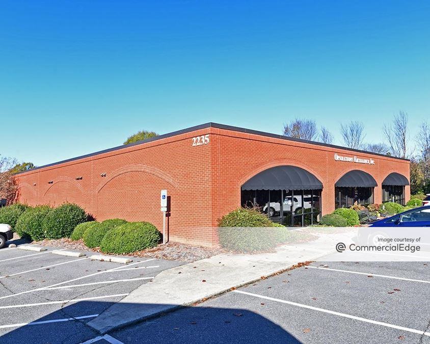 Clemmons Professional Center