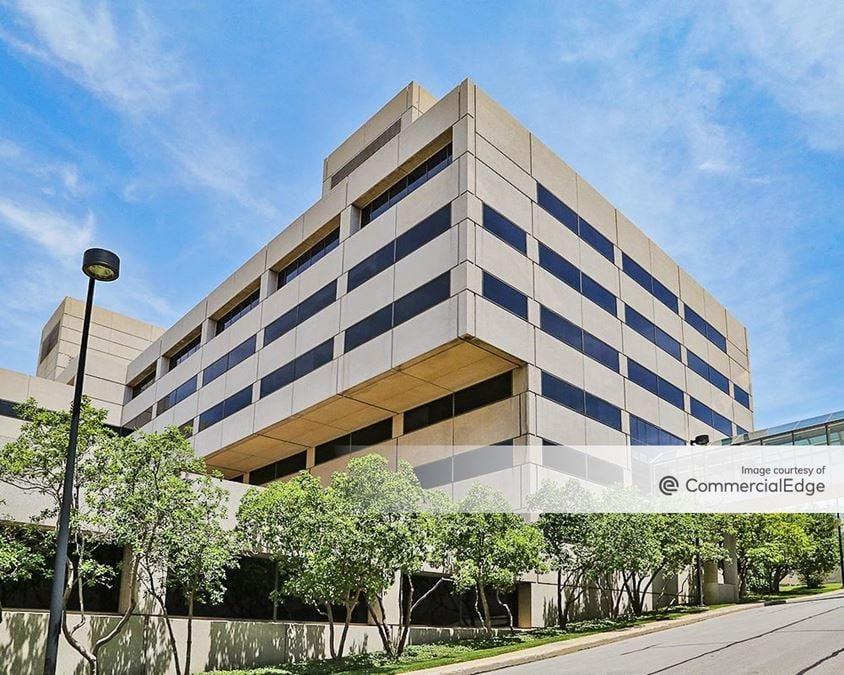 Crown Center - Pershing Buildings