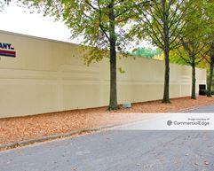 Park North Business Center - 735 Park North Blvd - Scottdale