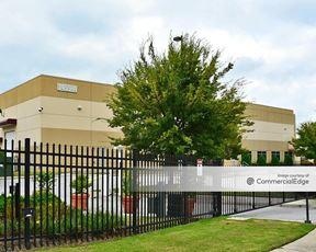 Parkway Logistics Centre - Buildings 100 & 200