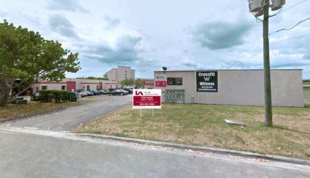 Kendall-Tamiami Warehouses Near Miami Executive Airport - Miami
