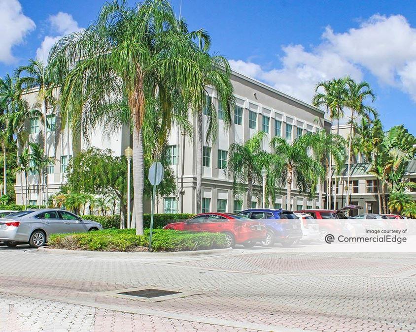 Wellesley Corporate Plaza - 7951 SW 6th Street