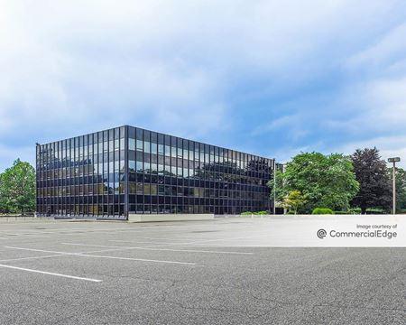 Crossways Corporate Park - 100 Crossways Park Drive West - Woodbury