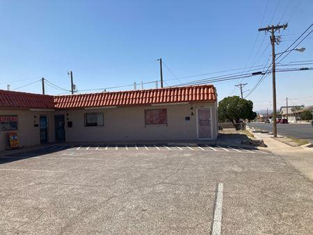 Retail Center Package, 3301 and 3020 N Piedras - El Paso