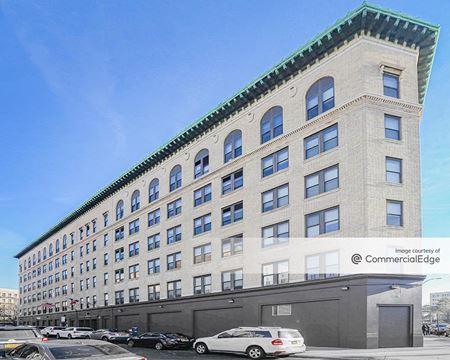 555 East Tremont Avenue & 1910-1916 Monterey Avenue - Bronx