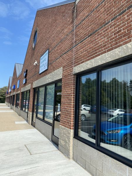 Retail Commercial Office for Sublease in Dexter - Dexter