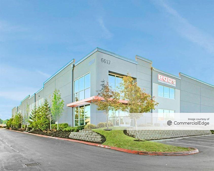 Everett Commerce Center - Building B