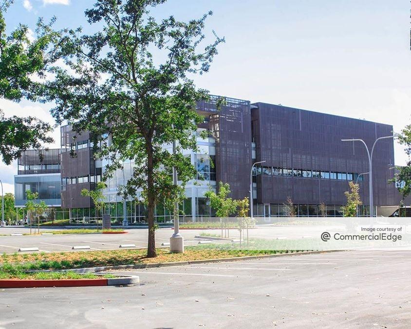 Airport Business Center - 400 Aviation Blvd