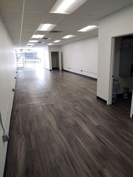 Office/ Retail Space on Charlestown Square - Charlestown, IN