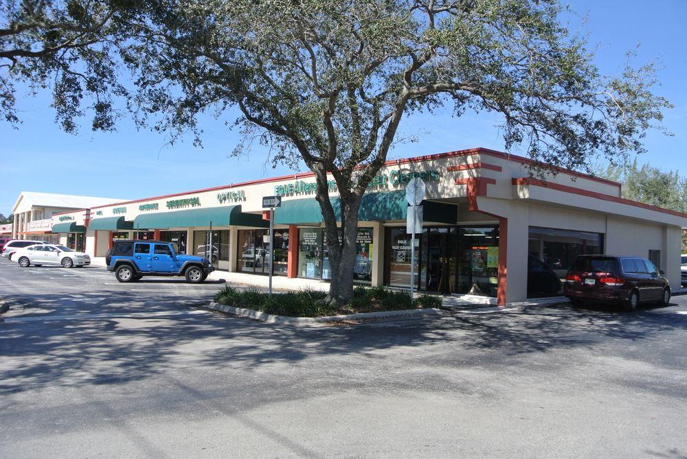 Deco Sample Plaza