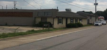 1001 Croxton Avenue, Building 4 - Bloomington