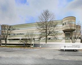 Princeton Corporate Center - 5 Independence Way - Princeton