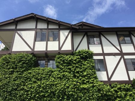 Oak View Professional Building - Petaluma