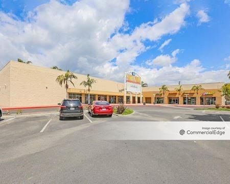 Santa Paula Center - Santa Paula