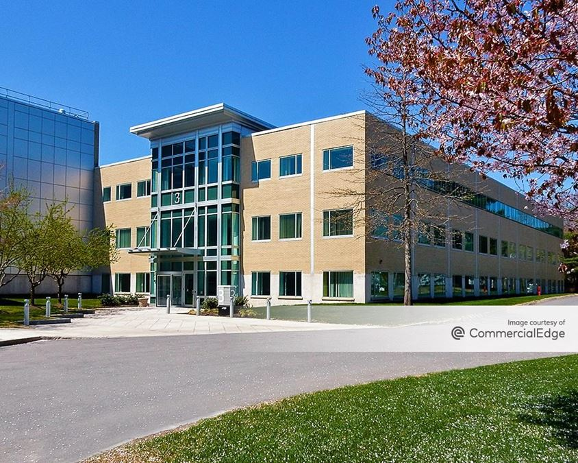 Lexington Corporate Center