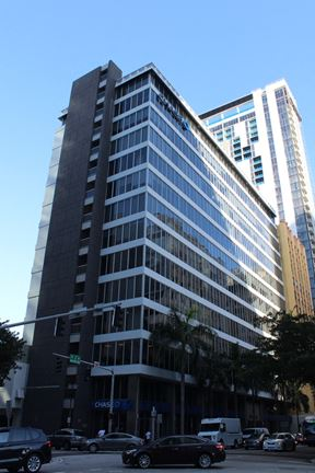 Unit 403   Chase Bank Building - Miami