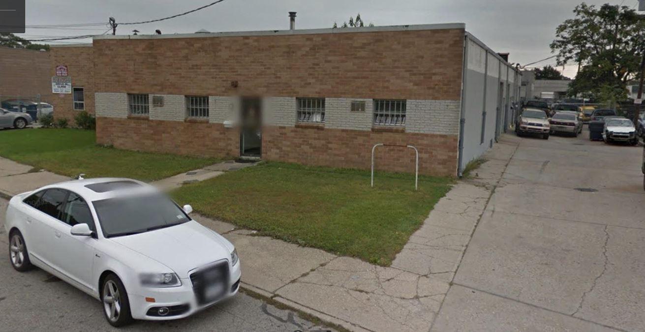 315 Skidmore Rd, Deer Park NY