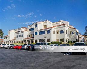 Westlake Plaza Center I - Westlake Village