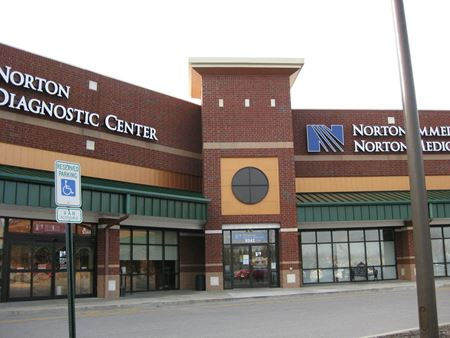 Cedar Springs Shopping Center - Louisville