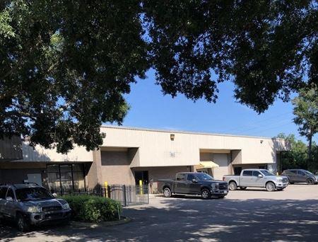 5695 Beggs Road - Orlando