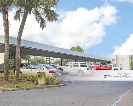 Longwood Business Center - Longwood