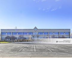 Columbine Professional Plaza - Lake Front Office Building - Arvada