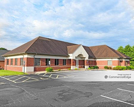 Bronze Pointe Office Park - Belleville