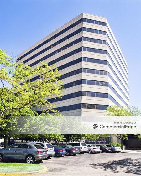 U.S. Cellular Plaza - 8420 West Bryn Mawr Avenue - Chicago