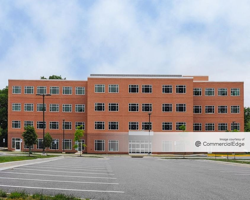 Franklin Square Professional Center - Building 2