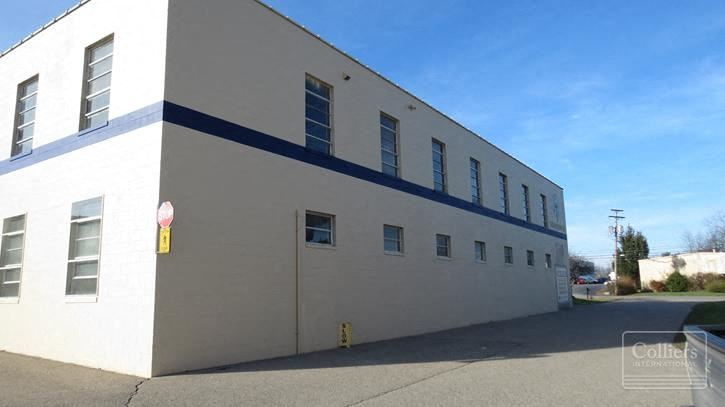 For Lease > Warehouse/Flex Space Minutes to Downtown
