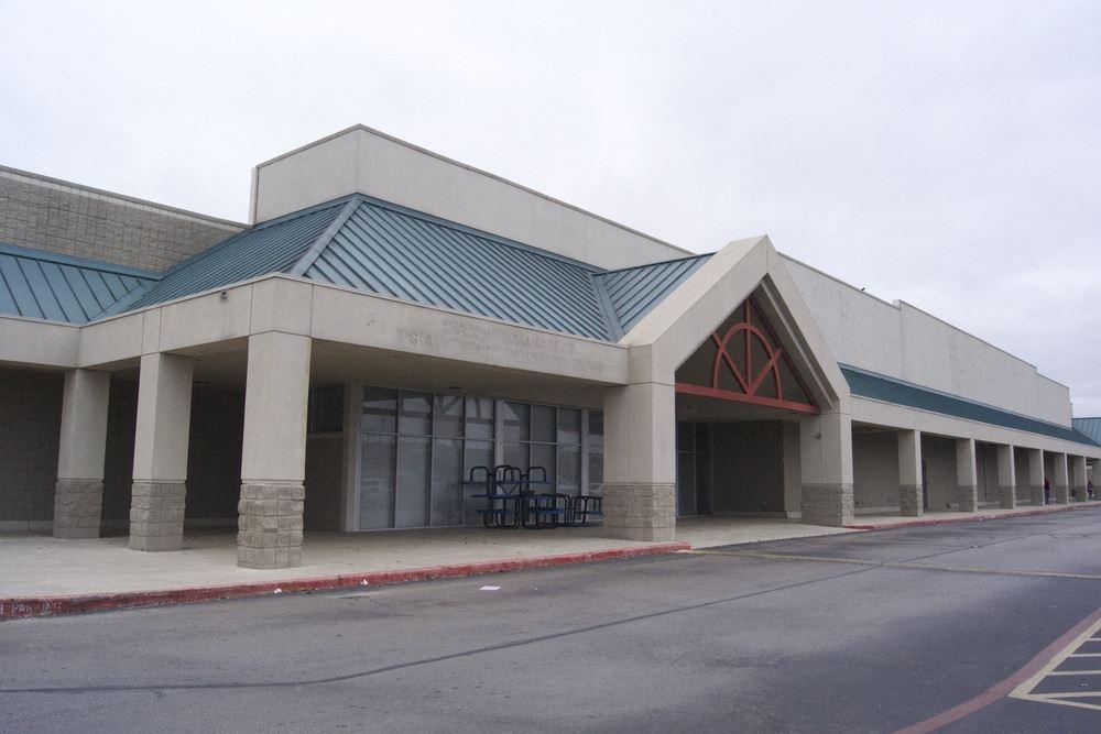 R/E Business Center