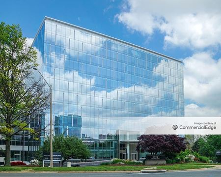 Silverline Center - McLean