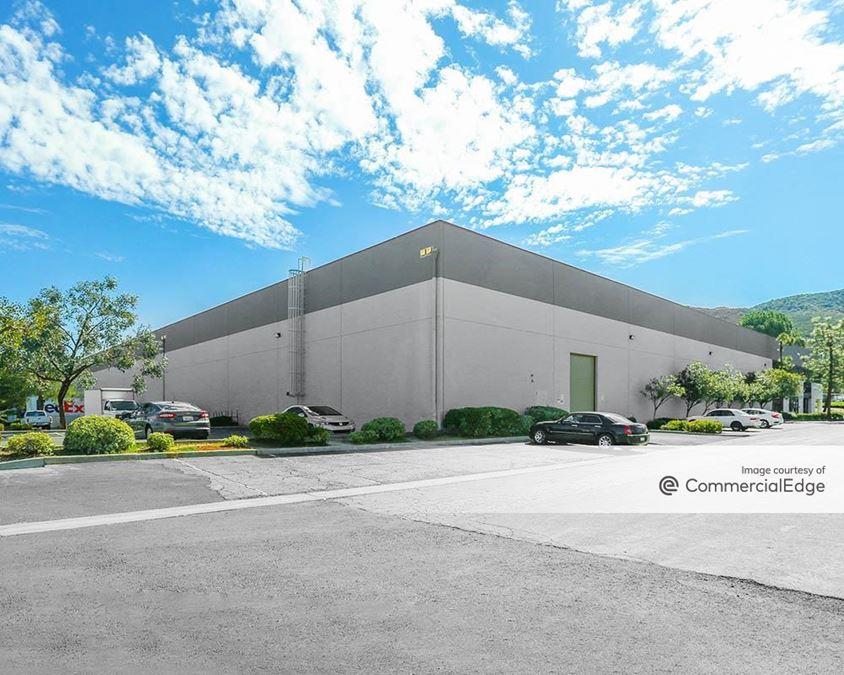 43350 & 43352 Business Park Drive