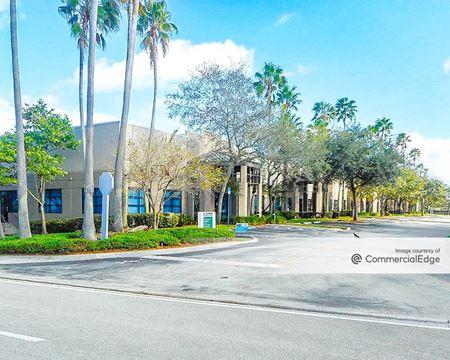 3300 Corporate Avenue - Weston