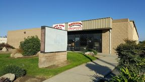 Free Standing Office/Warehouse w/Dock & Ground Level Doors - Visalia