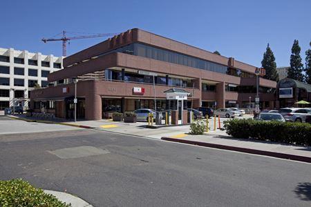 Regents Medical Court - La Jolla