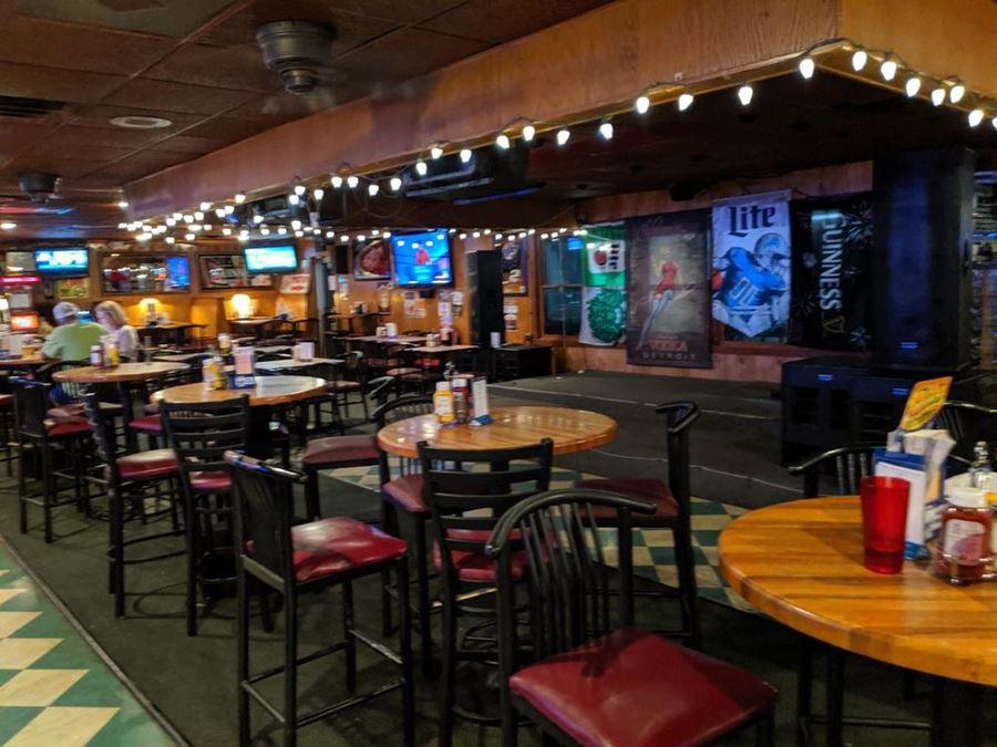 Moose MacGregor's Pub & Cafe