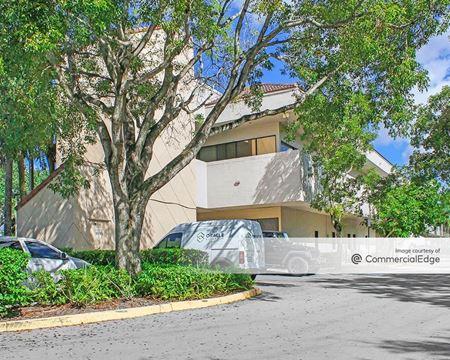 Plantation Pavilion - Fort Lauderdale