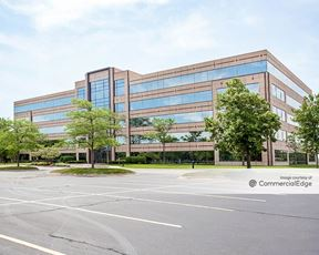 Lincolnshire Corporate Center - 300 Tower Pkwy