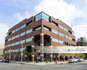 Center Tower Riverside