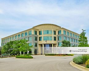 Prairie Glen Corporate Campus